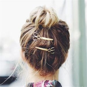 🎉 Gold Plated Scissors Hair Pin Clip